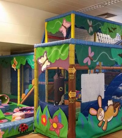 Indoor soft play frame at Stay And Play Farnham