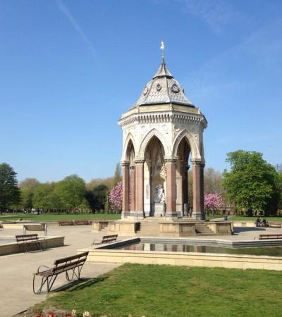 Monument at Victoria Park Tower Hamlets