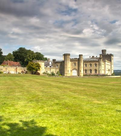 Outside view of Chiddingstone Castle in Edenbridge
