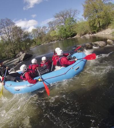People river rafting at Rapid Horizons Matlock