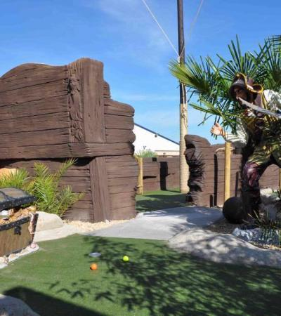 The pirates and bounty available at Time Raiders Pirate Golf