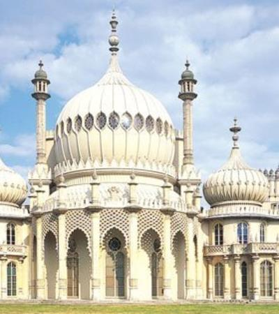 Outside view of Royal Pavilion in Brighton