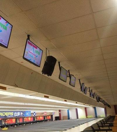 Screens at Airport Bowl in Harlington