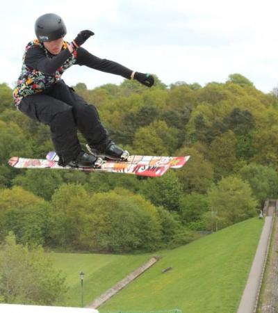 Guy skiing at Kidsgrove Ski Centre in Stoke on Trent