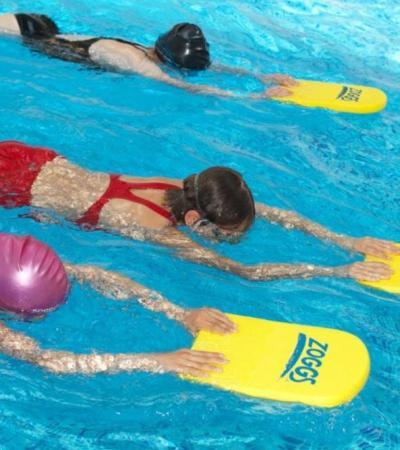 Kids in swimming lesson at Thronbury Leisure Centre in Bristol