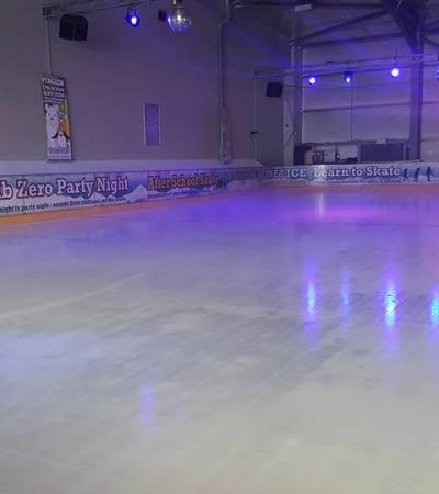 Ice skating rink at Cinebowl & iSKATE in Uttoxeter
