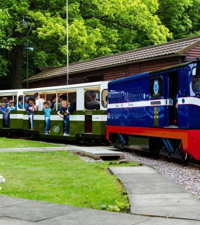Families on train at The Ruislip Lido Railway