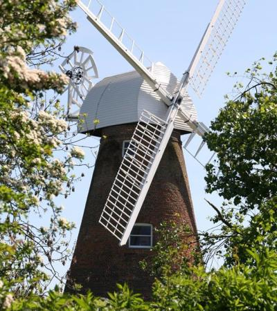 Clear day at Rayleigh Windmill