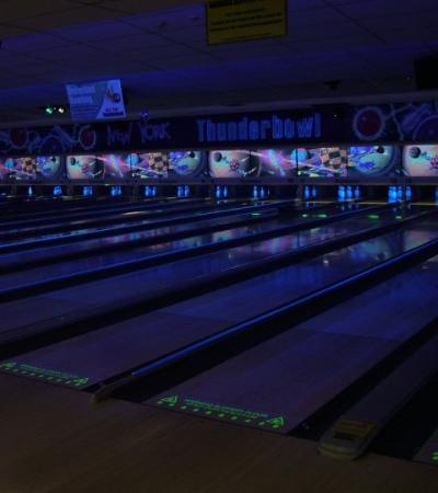 Bowling alleys at New York Thunderbowl in Kettering