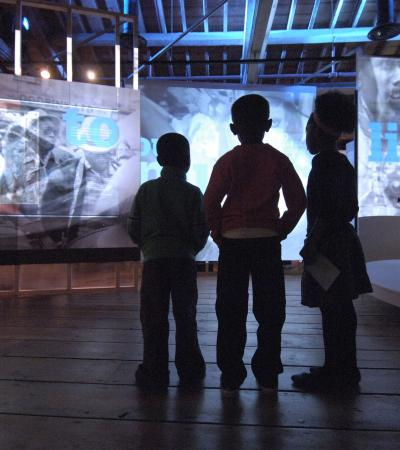 Kids in interactive collection show at Museum of London Docklands