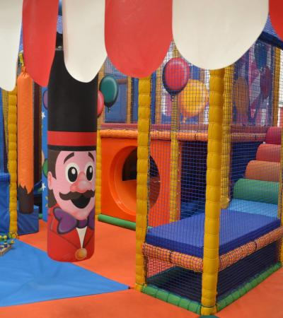 Indoor soft play frame at Big Tops Indoor Playcentre in Sheffield
