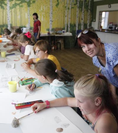 Kids doing arts and crafts at Penistone Leisure Centre