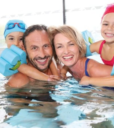 8 Best Swimming Pools And Leisure Centres In Lenwade Near Me Day Out With The Kids