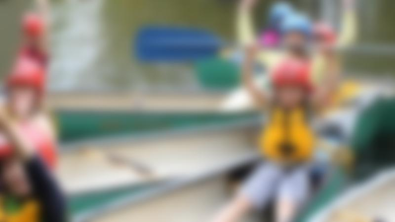 Kids kayaking at Charlton Lakeside in Andover