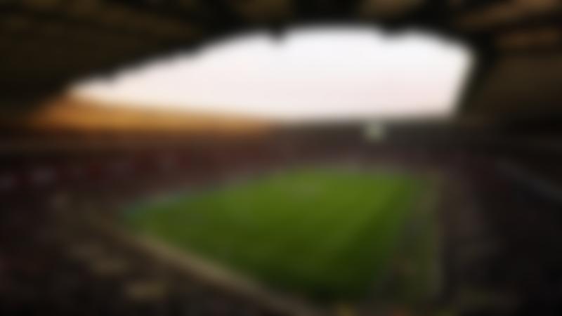 Full stadium at Twickenham Stadium
