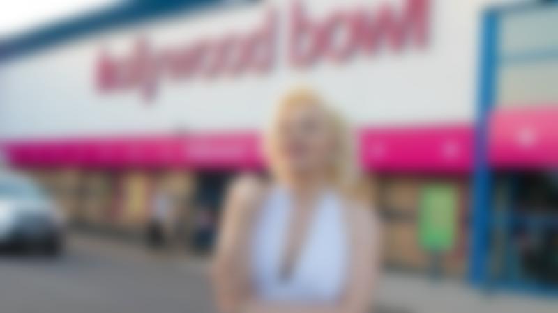 Marilyn Monroe at Hollywood Bowl Cardiff
