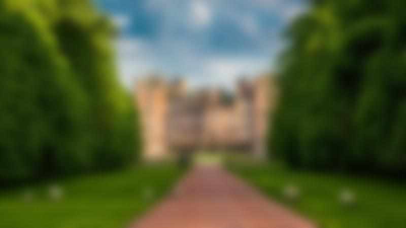 Outside view of Drumlanrig Castle in Thornhill